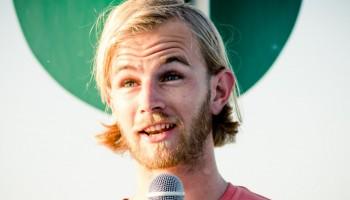 Peter Alexander Hackmair, Ted-Talk, Reise-Auszeit statt Fußballkarriere