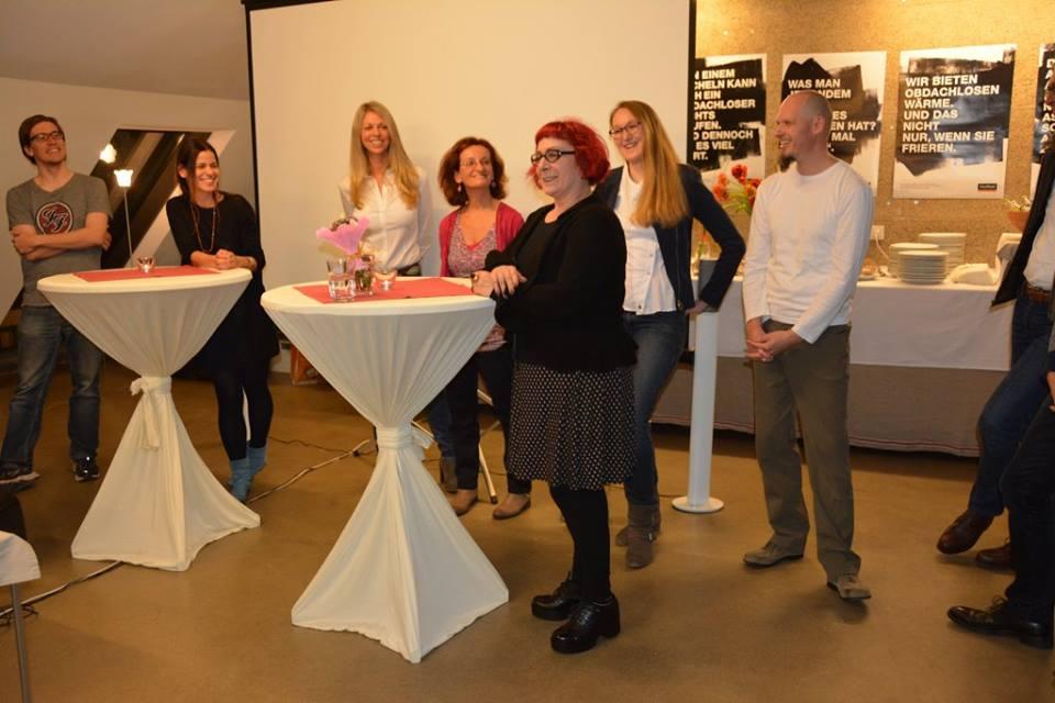 Unsere Partner stellen sich vor. Neben Alex und Katrin von links nach rechts: Barbara Dvorak, Christa Langheiter, Sabine Pinterits, Jasmin Brühwasser, Klaus Gisinger