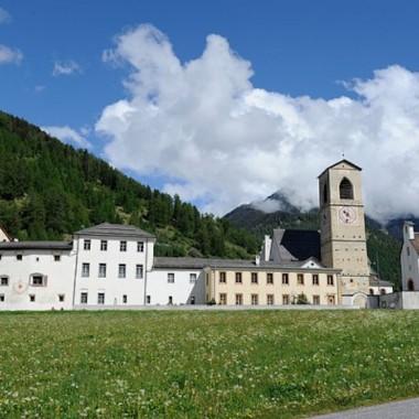 Kloster-Mustair-Auszeit-vom-Stress-600x400