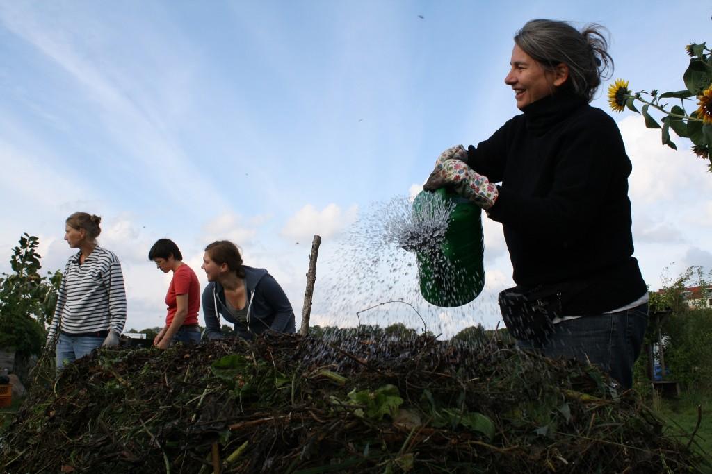 Kompost, Gießen, Gartenarbeit leicht gemacht 5 Tipps