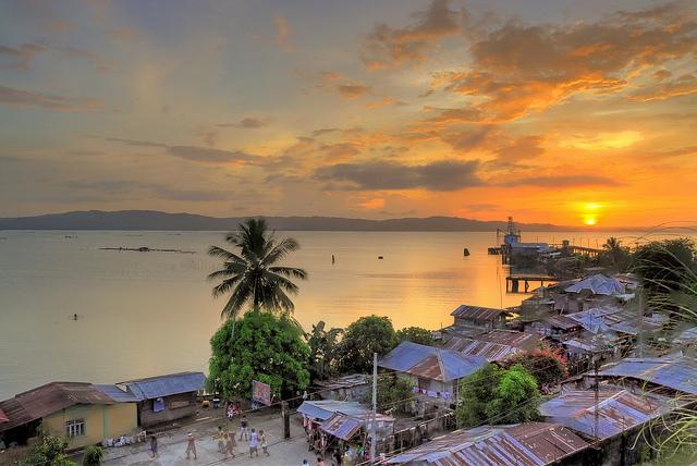 Sonnenuntergang-therealbrute-Hondagua Quezon, Philippinen-CC BY